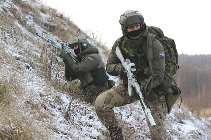 Куда смотрит армейская элита? ФОТО