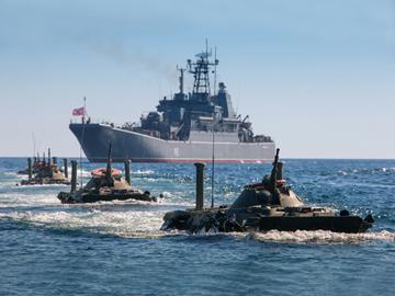 НАТО до смерти боится России. ФОТО