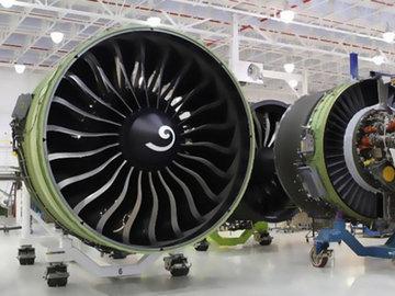 Российско-китайский самолет подвинет Боинг и Эрбас